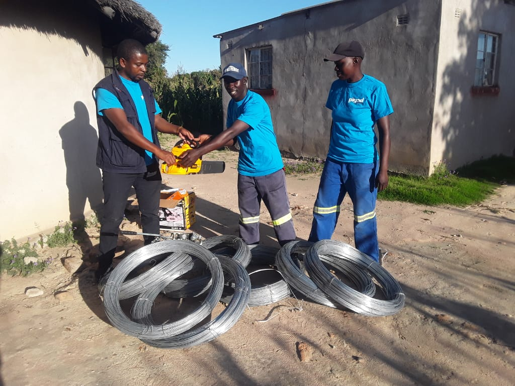 Youths successful in fencing business